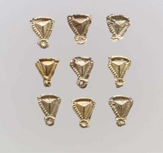 Bead ornaments, triangular, 57