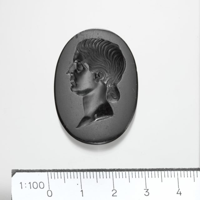 Black jasper intaglio portrait of a Roman lady