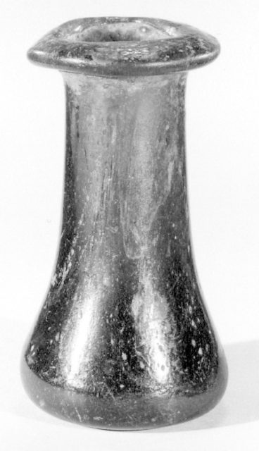 Bottle (unguentaria)