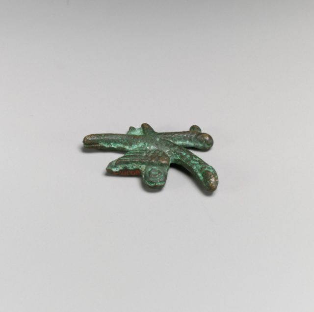 Bronze phallic amulet