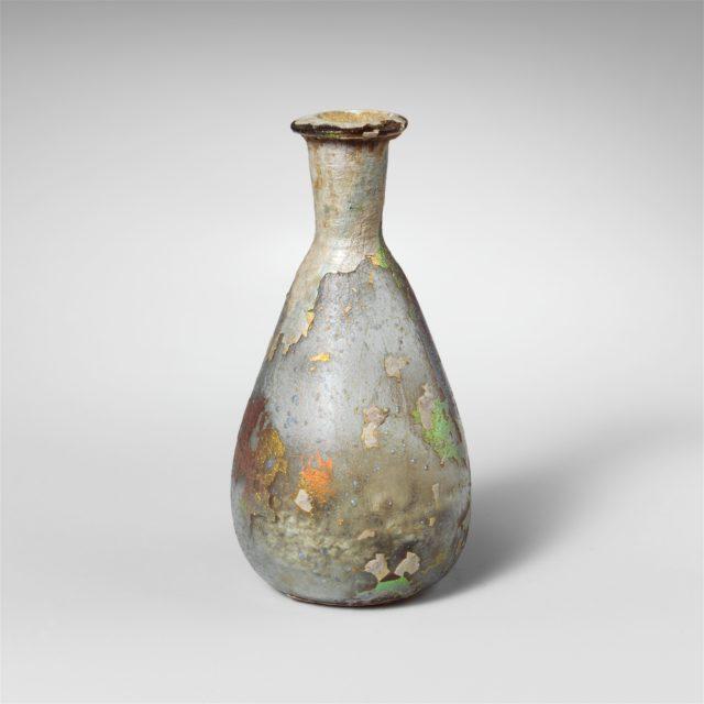 Glass perfume bottle