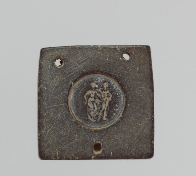 Jewelry Mold With Two Figures