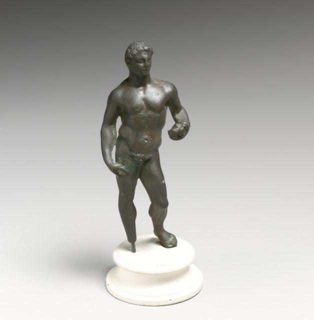 Statuette of Herakles holding apples