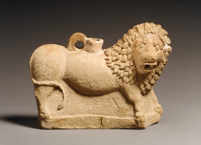 Terracotta vase in the form of a lion