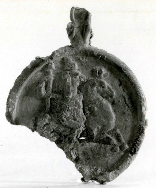Pendant depicting Horus