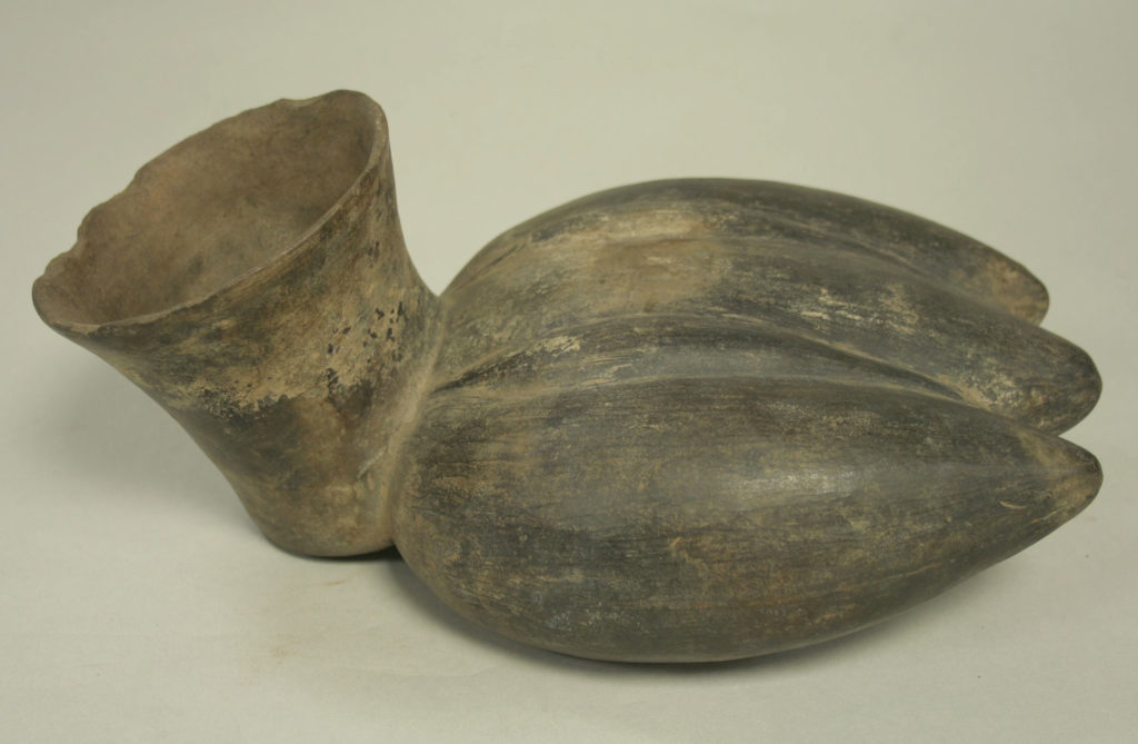 Vessel in the Form of Three Plantains