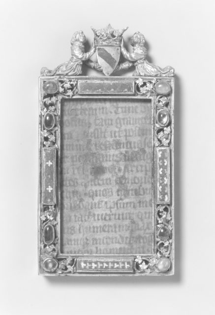 Enamelled frame with angels holding coat-of-arms