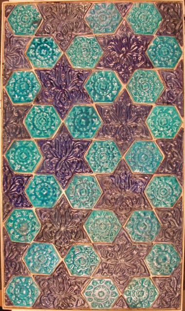 Star- and Hexagonal-Tile Panel