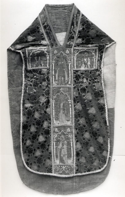 Chasuble with Orphreys in Panels with Saints under Gold Canopies