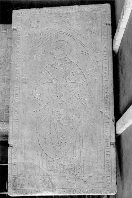 Tombstone of Thomas de Germegni