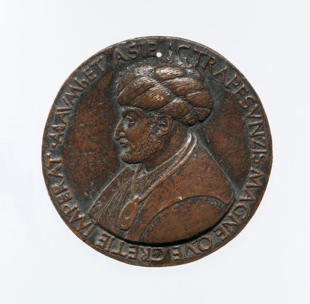 Portrait medal of Sultan Mehmed II (obverse); a Triumphal Chariot (reverse)
