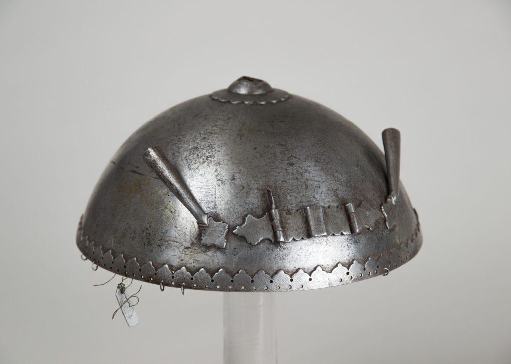 Helmet (Top) and Arm Guards (Dastana)