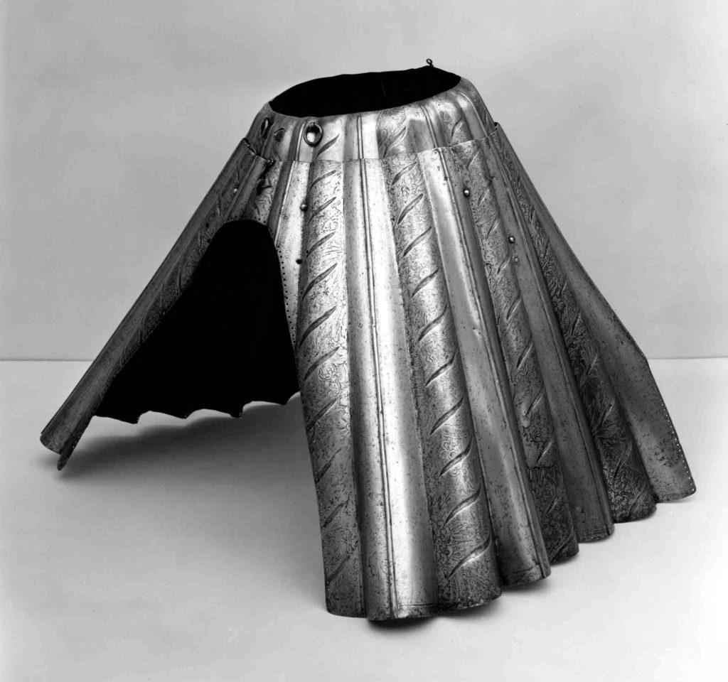 Armored Skirt (Base)