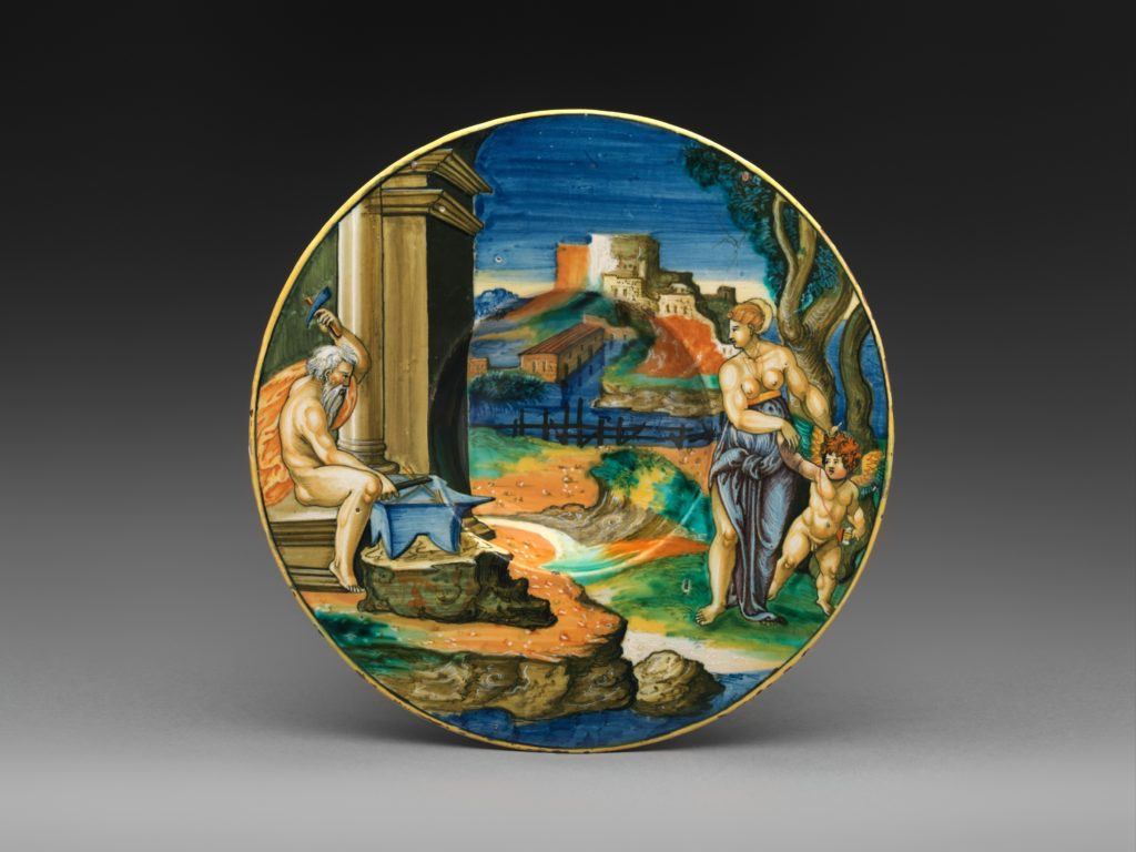 Wide-rimmed bowl with Vulcan Forging Arms with Venus and Cupid