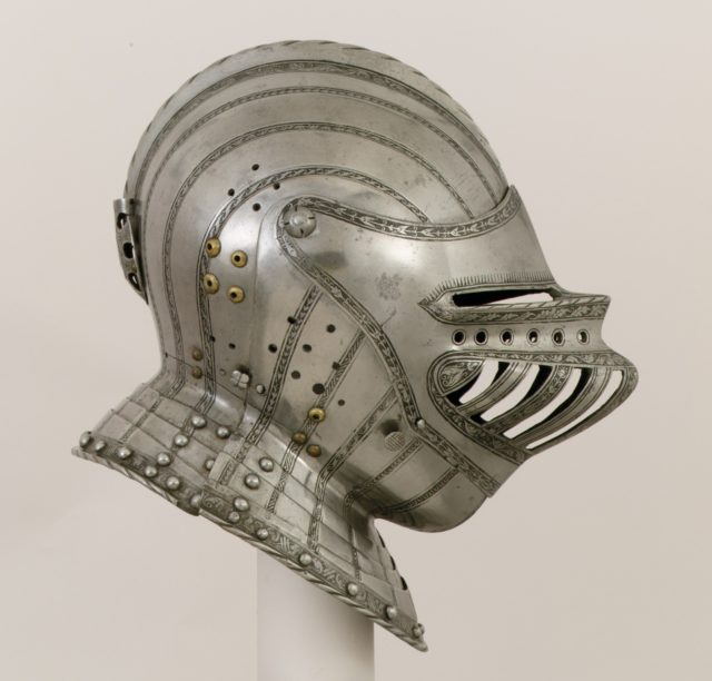 Close Helmet for a Boy