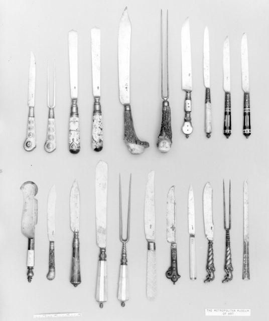 Knife (or Bill)