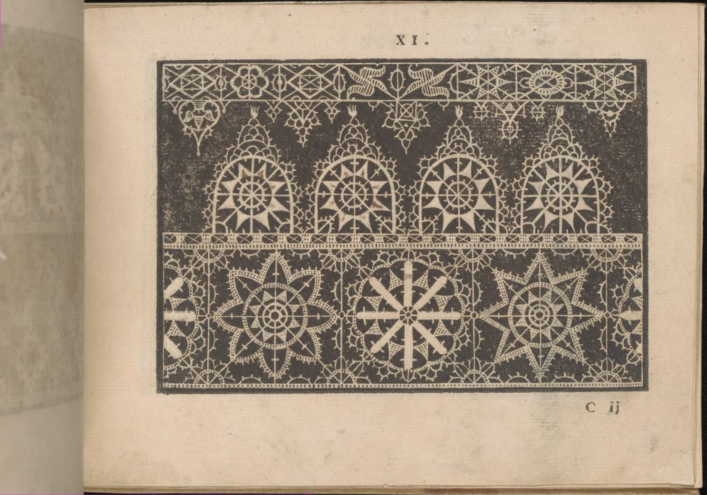 Prima Parte de' Fiori, e Disegni di varie sorti di Ricami Moderni, page 11 (recto)