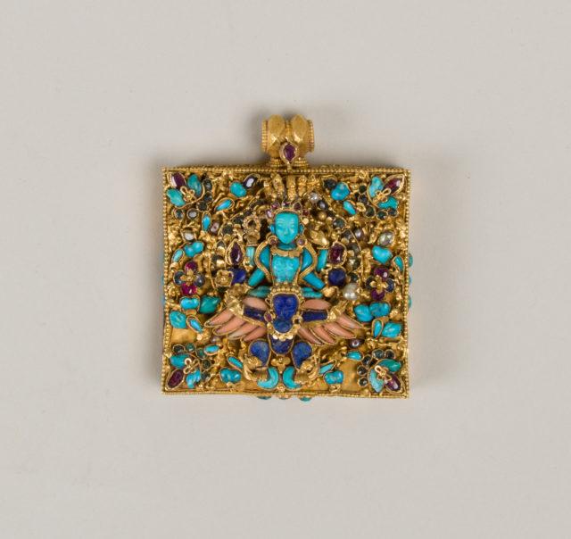 Amulet case with Vishnu Riding Garuda