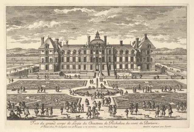 Face du grand corps de Logis du Château de Richelieu du côté du Parterre
