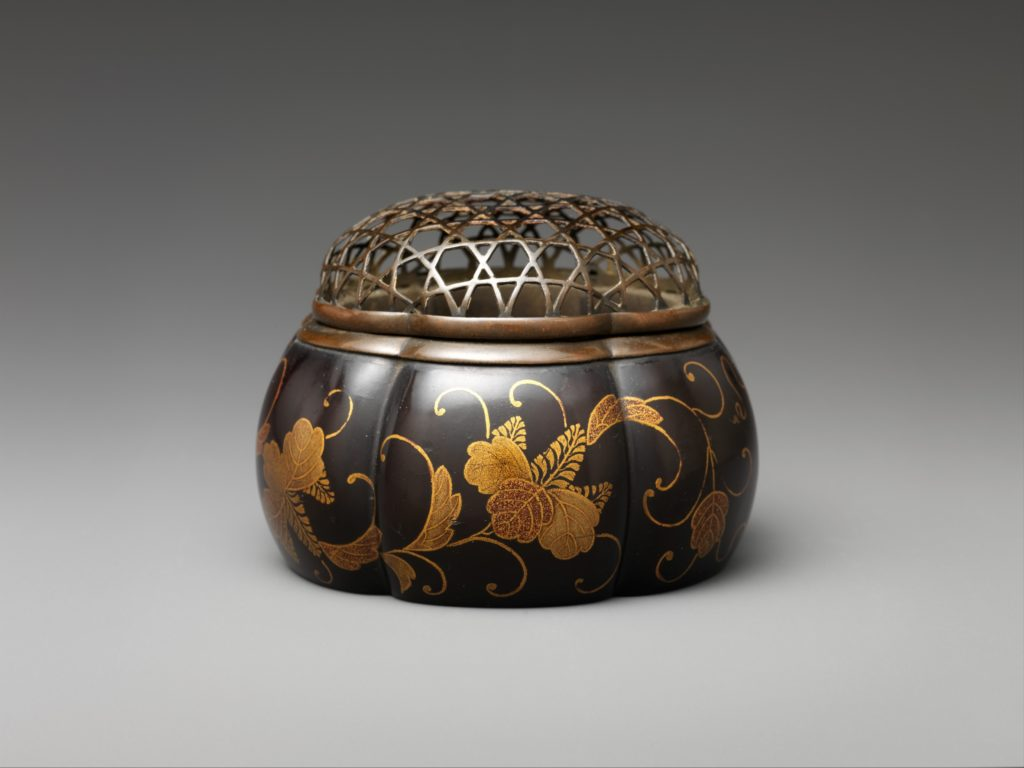 Melon-Shaped Incense Burner with Paulownia and Foliage Scroll
