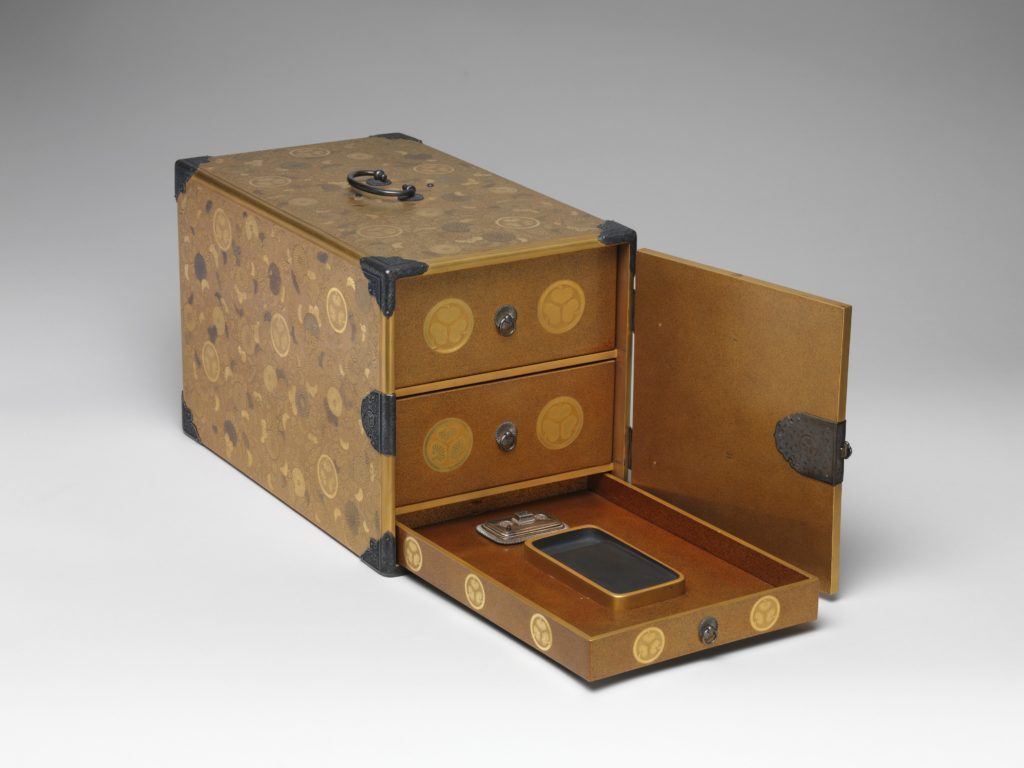 Portable Writing Cabinet with Tokugawa Family Crests, Chrysanthemums, and Foliage Scrolls