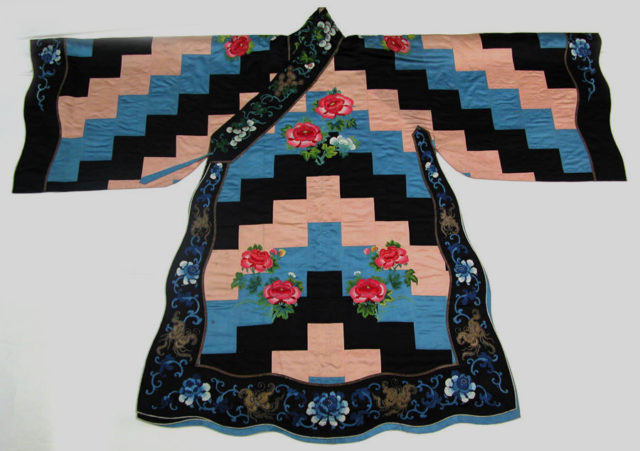 Theatrical robe for a female Daoist priest