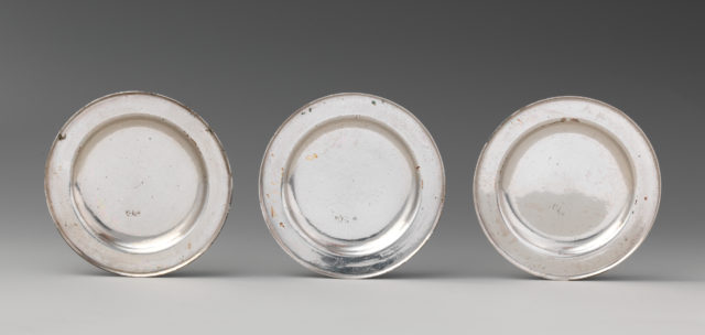 Set of four miniature second course dishes