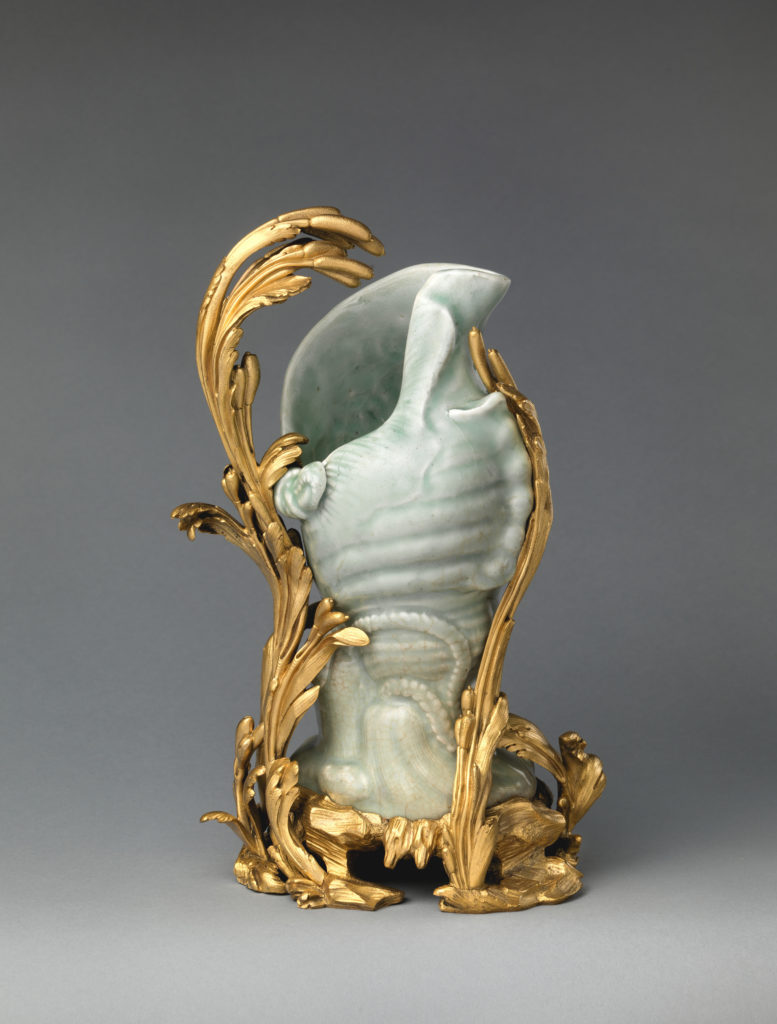 Ewer in the form of a conch shell