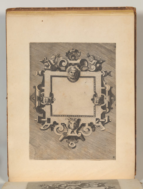 Targhe ed altri ornati di varie e capricciose invenzioni (Cartouches and other ornaments of various and capricious invention, page 32)