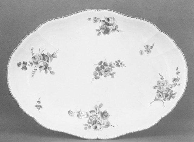 Platter (?)