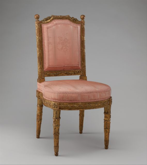 Side chair (chais à la reine) (one of a pair)