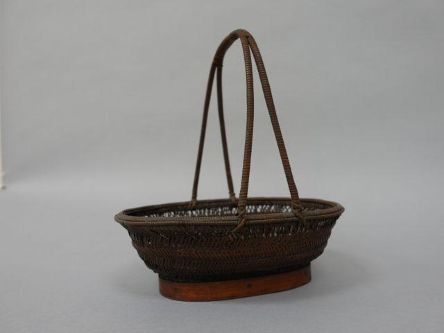 Boat-Shaped Fruit Basket