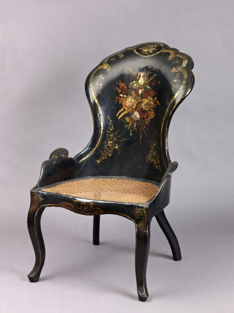 Gondola armchair