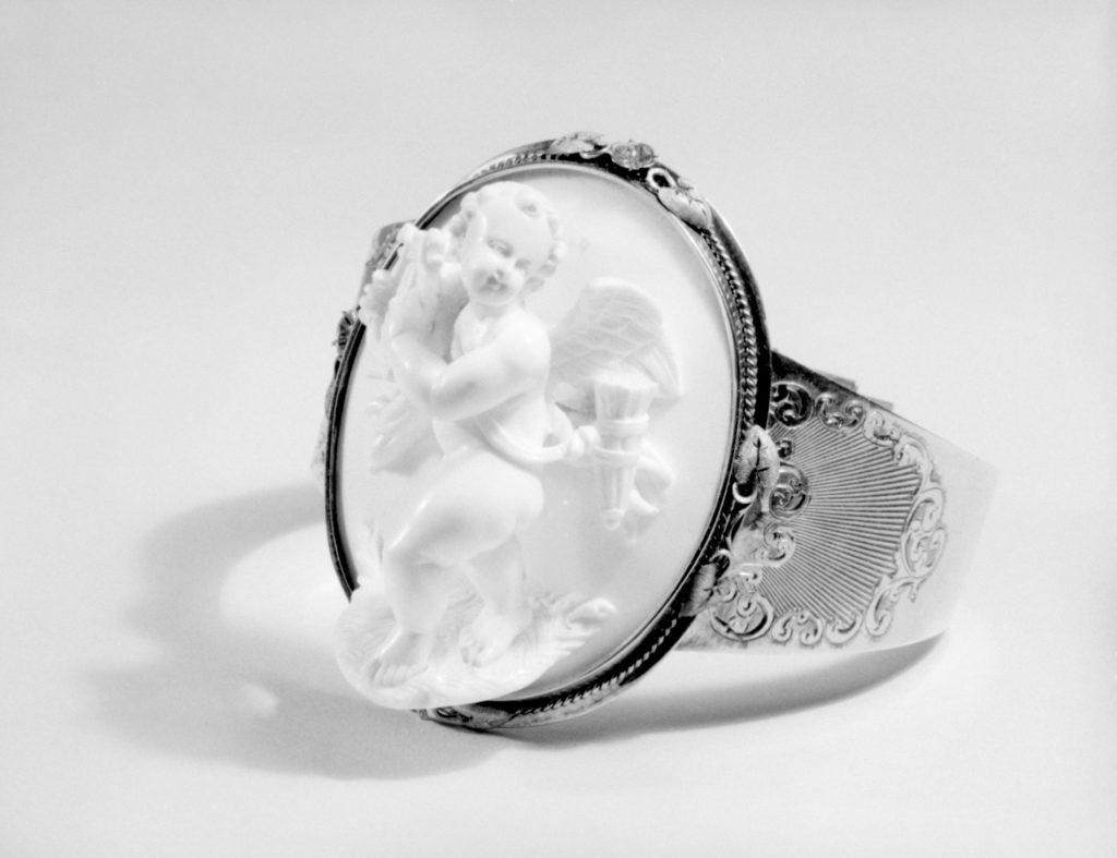Bracelet (part of parure)