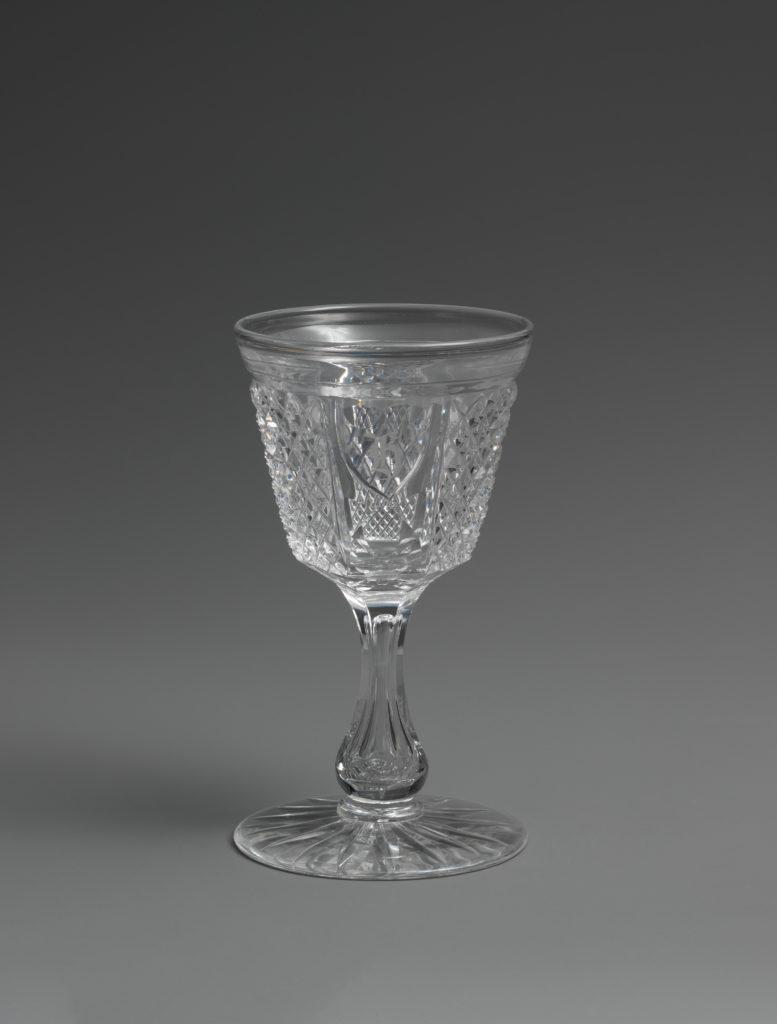 Medium drinking vessel