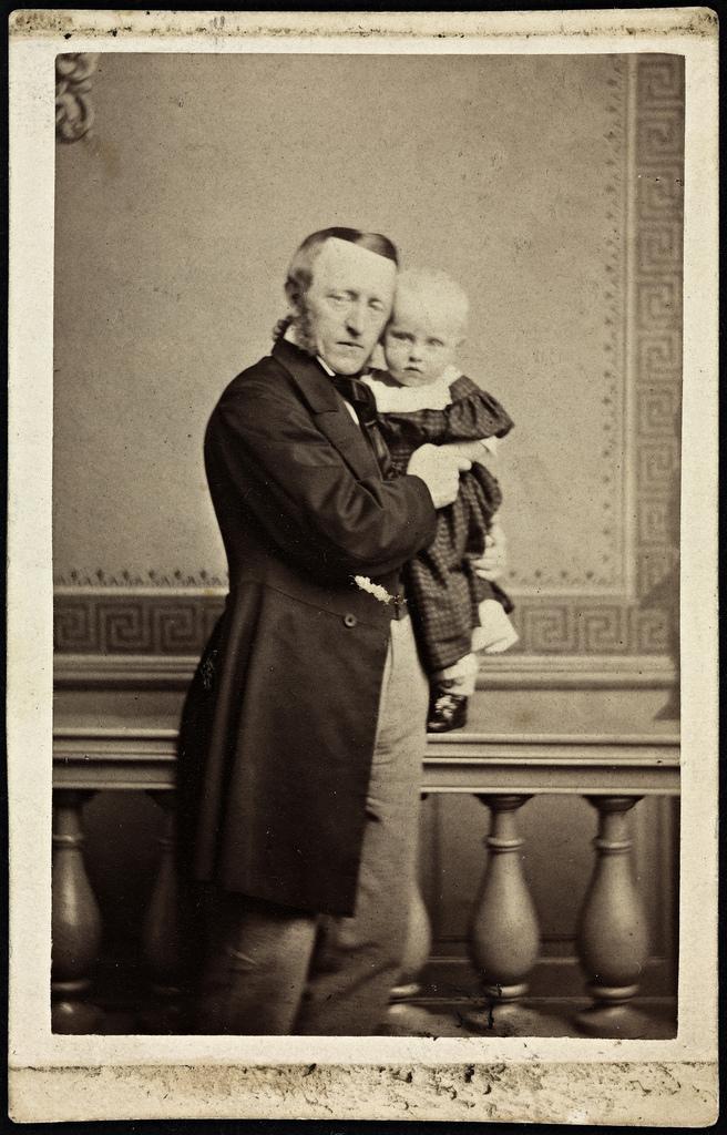 Overrettssaksfører Baldur Fridtjof Nansen 1817 1885 Med Sønnen