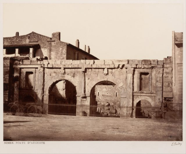 Nîmes, Porte d'Auguste