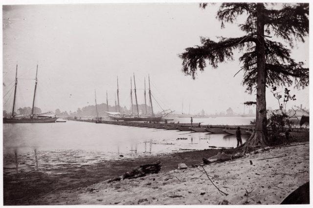 Pontoon Bridge, James River