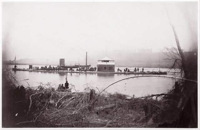"U.S. Monitor ""Mahopac"" on the Appomattox River"
