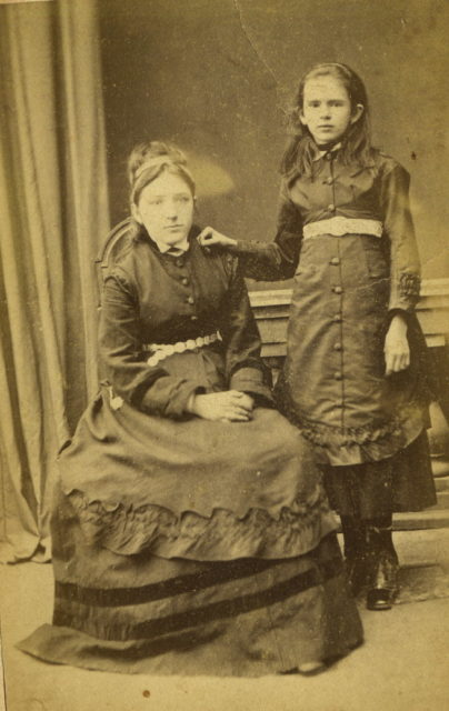Murom, Portrait of a young woman and a girl. 1870s