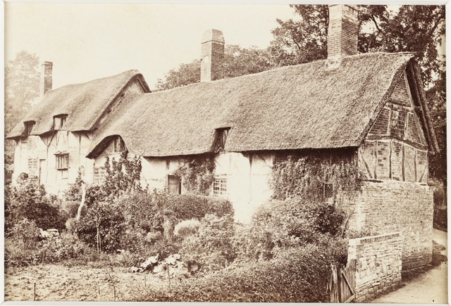 'Stratford-on-Avon, Ann Hathaway's Cottage at Shottery'
