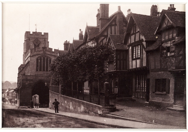 'Warwick, West Gate and Leicester's Hospital'