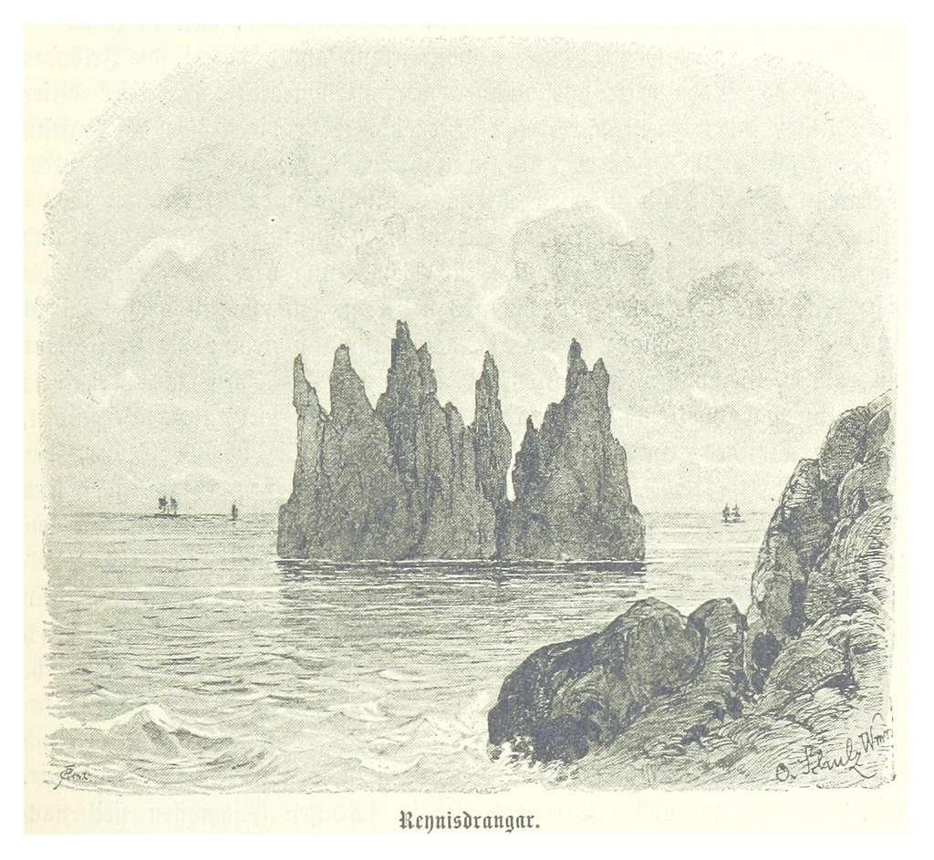 (Baumg1889) Reynisdrangar - die spitzen Vogelfelsen nahe der Südspitze Islands