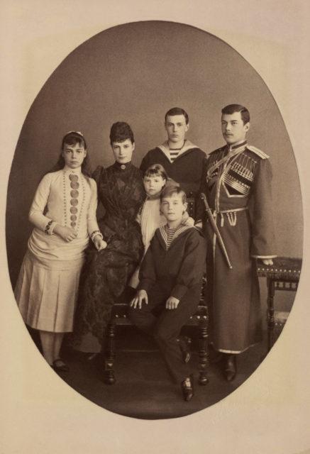 Maria Feodorovna, Empress of Russia  with her children: Tsesarevich Nicholas, later Nicholas II, Grand Duke George Alexandrovich, Grand Duchess Xenia Alexandrovna, Grand Duke Michael Alexandrovich and Grand Duchess Olga Alexandrovna .1889.