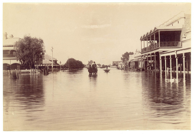 Flood, Oxley Street, Bourke, 1890