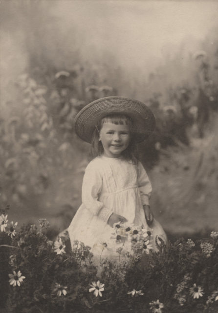 Portrait of Florence Sallows Saunders, date unknown