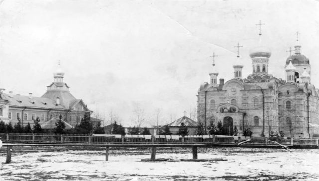 Ioanno-Theological Sursky women's monastery. On the right is the Assumption Cathedral. Sura on the Sura River. Archangel region, 1891