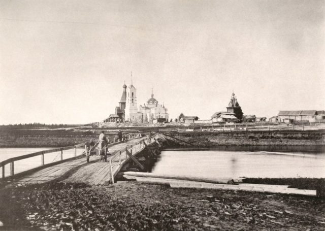 The village of Sura and bridge over Sura River. Archangel region, 1891