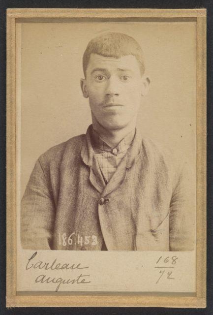Carteau. Auguste. 23 ans, né à St-Florent (Cher). Verrier. Anarchiste. 1/5/92.