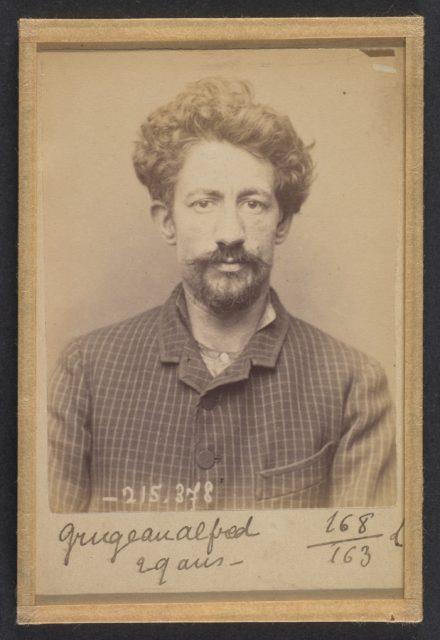 Grugeau. Alfred, Alphonse. 26 ans, né à Tours (Indre & Loire). Cordonnier. Anarchiste. 9/3/94.